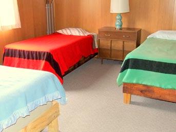 Two bedroom cabin rentals on cedar lake in northwest ontario canada for 6 bedroom cabins